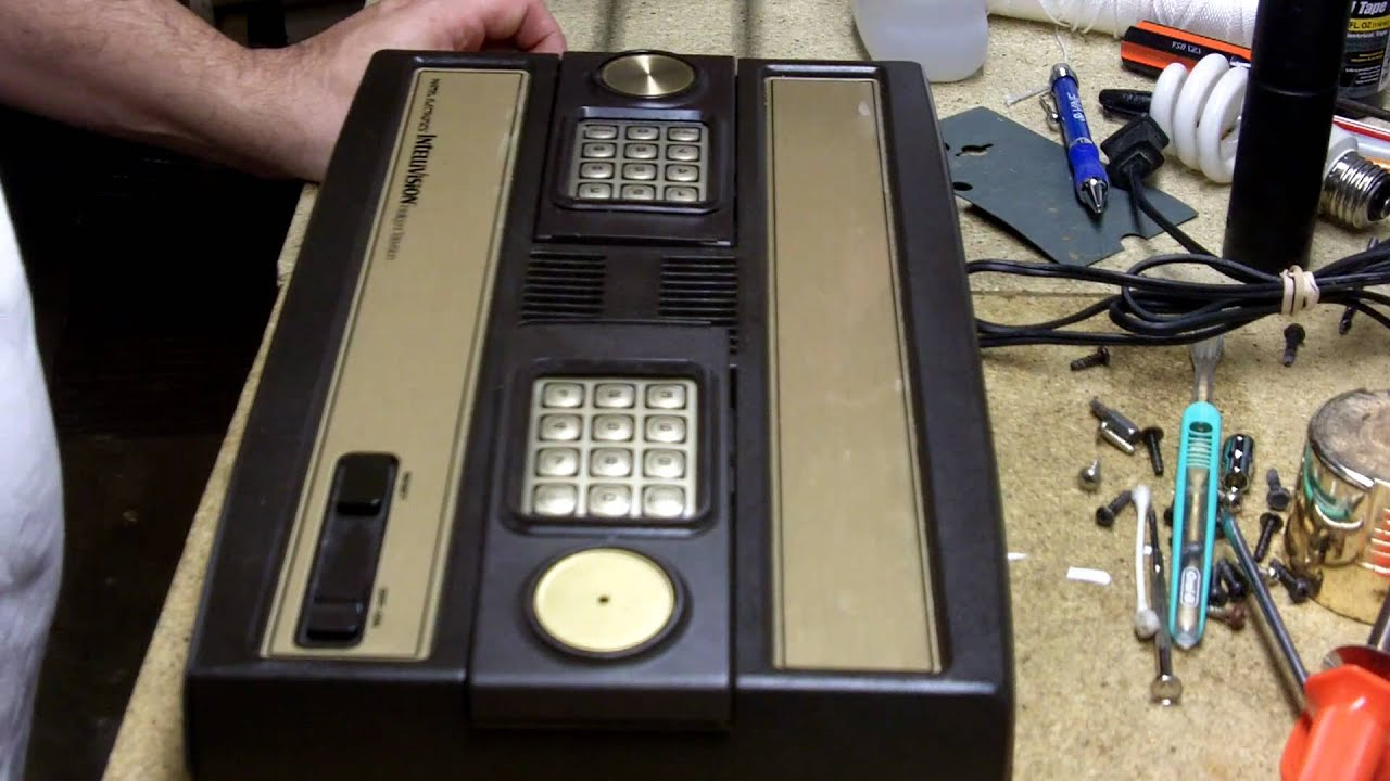 Intellivision hook up