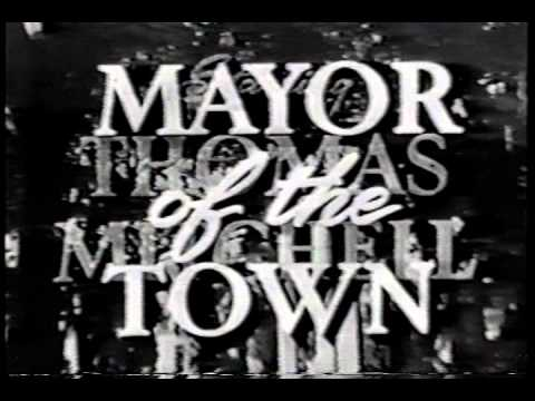 MAYOR OF THE TOWN  credits syndicated sitcom
