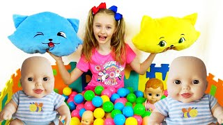 Polina canta una divertida canción infantil sobre los colores del arcoiris.