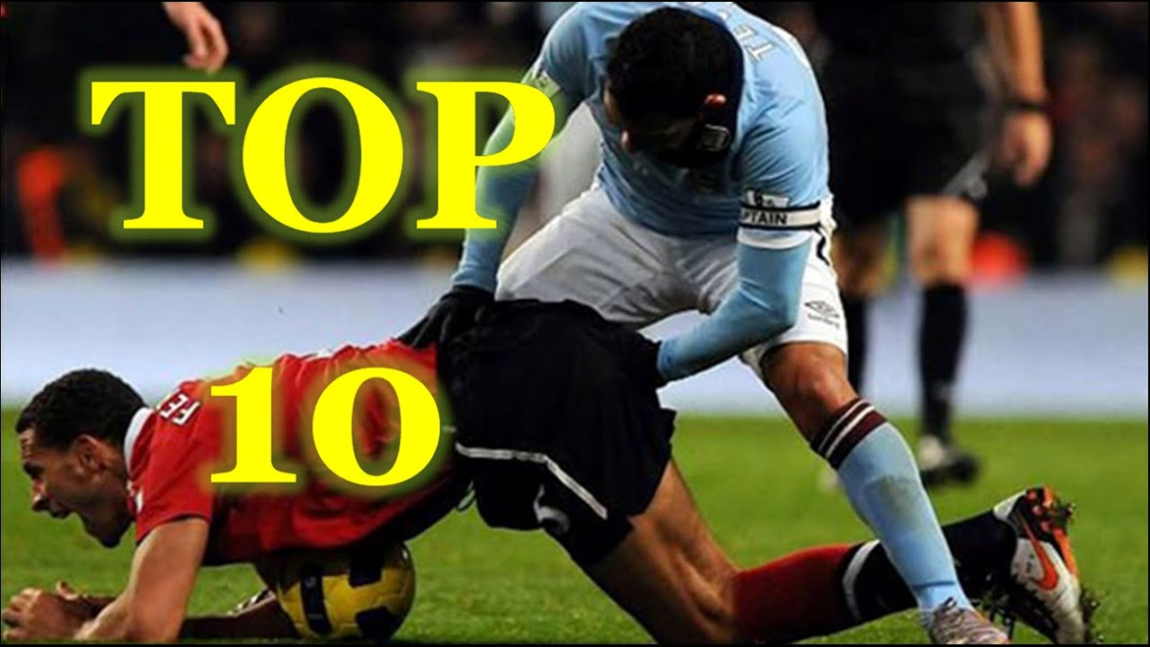 Funny Football Videos - Top 10 Funny Football Moments Of ...