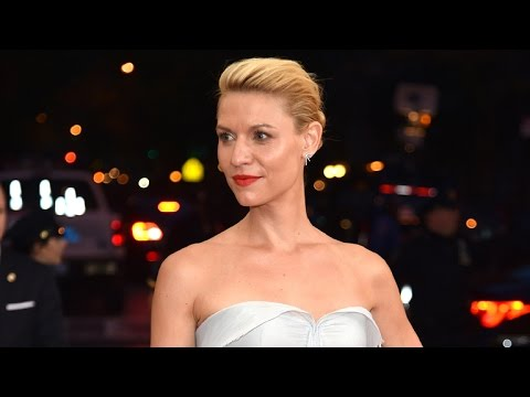 Claire Danes Literally Lights Up The Met Gala in Stunning Zac Posen Gown