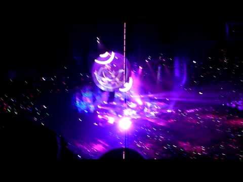 Mylo Xyloto Hurts Like Heaven  - Coldplay; 0912