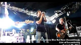 [HD] Simple Plan - Anywhere Else But Here (soundcheck live at luxembourg)