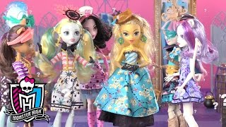 Finding an Outfit that Makes a Splash: Shriek Wrecked Part 2 | Monster High