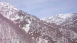 栂池 白馬 ヘリコプター.