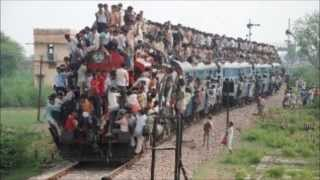 Crowded trains in India