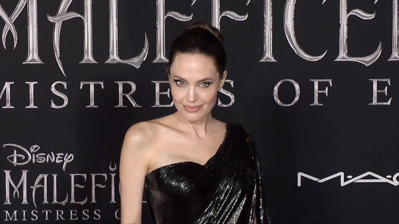 Angelina Jolie Maleficent Mistress Of Evil World Premiere Red Carpet