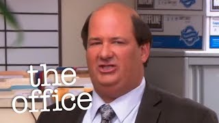 Kevin Vs Mini Cupcakes - The Office US