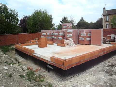 pose du 1er rang de brique thermo 2 avi youtube. Black Bedroom Furniture Sets. Home Design Ideas
