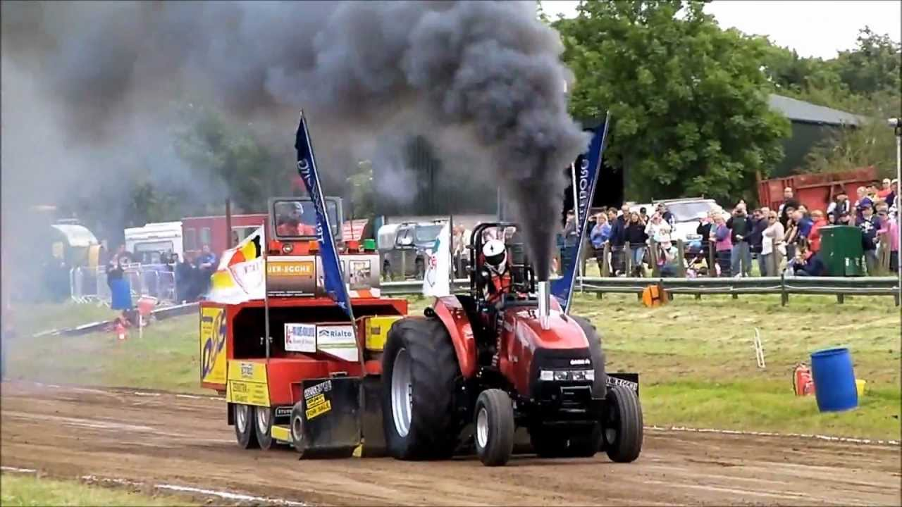 tractor pulling great eccleston red bull youtube. Black Bedroom Furniture Sets. Home Design Ideas