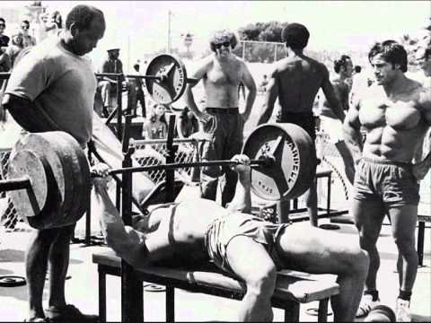 Muscle Old Beach Venice - YouTube