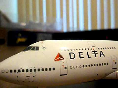 Gemini jets delta 747-400 review