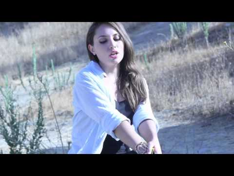 Girl On Fire - Alicia Keys - Video (Rochelle Diamante cover)
