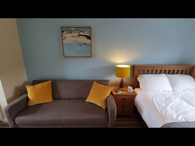 Undergoing Refurbishment - Large Double Room  Main Photo