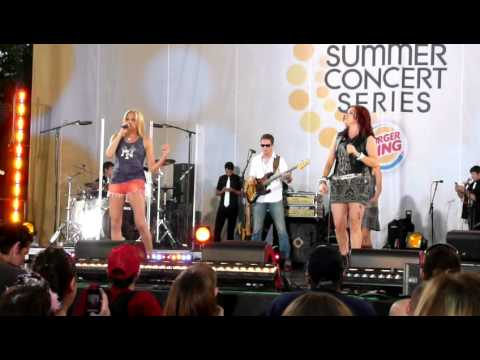 Don't Stop Believin' - Debbie Gibson & Tiffany @ Good Morning America