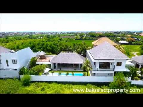 Four bedroom freehold villa for sale in Canggu Bali