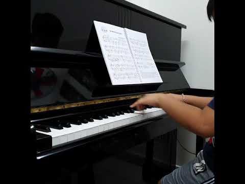 Gia đình nhỏ hạnh phúc to piano, Phước Thành (9y)