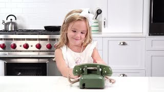 Southern Kids React To A Rotary Phone –Bonus Cut! | Southern Living