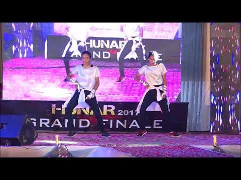 Robotic _ Dance _ on_ Chikni_ Chameli _ Choreography Vivek sir