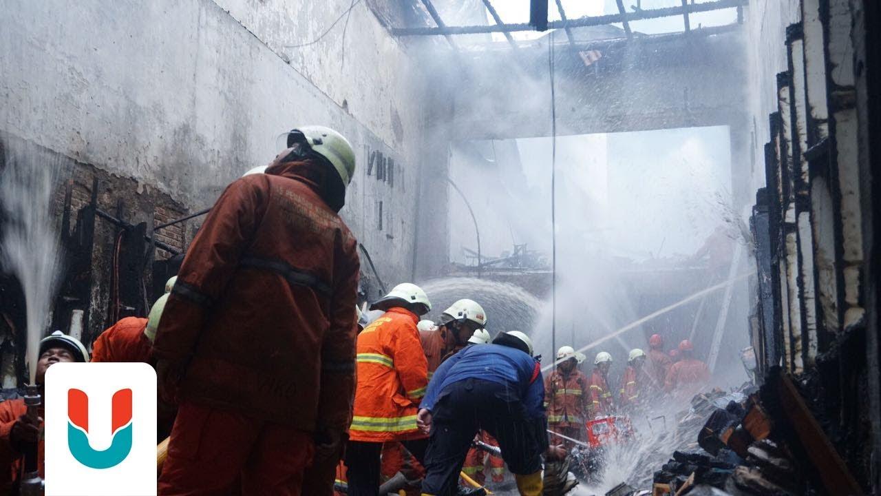 Kebakaran di Pasar Baru Jakarta - YouTube