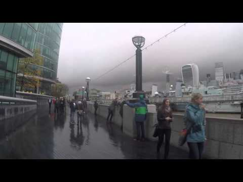 A walk from Tower Bridge to London Bridge with go pro