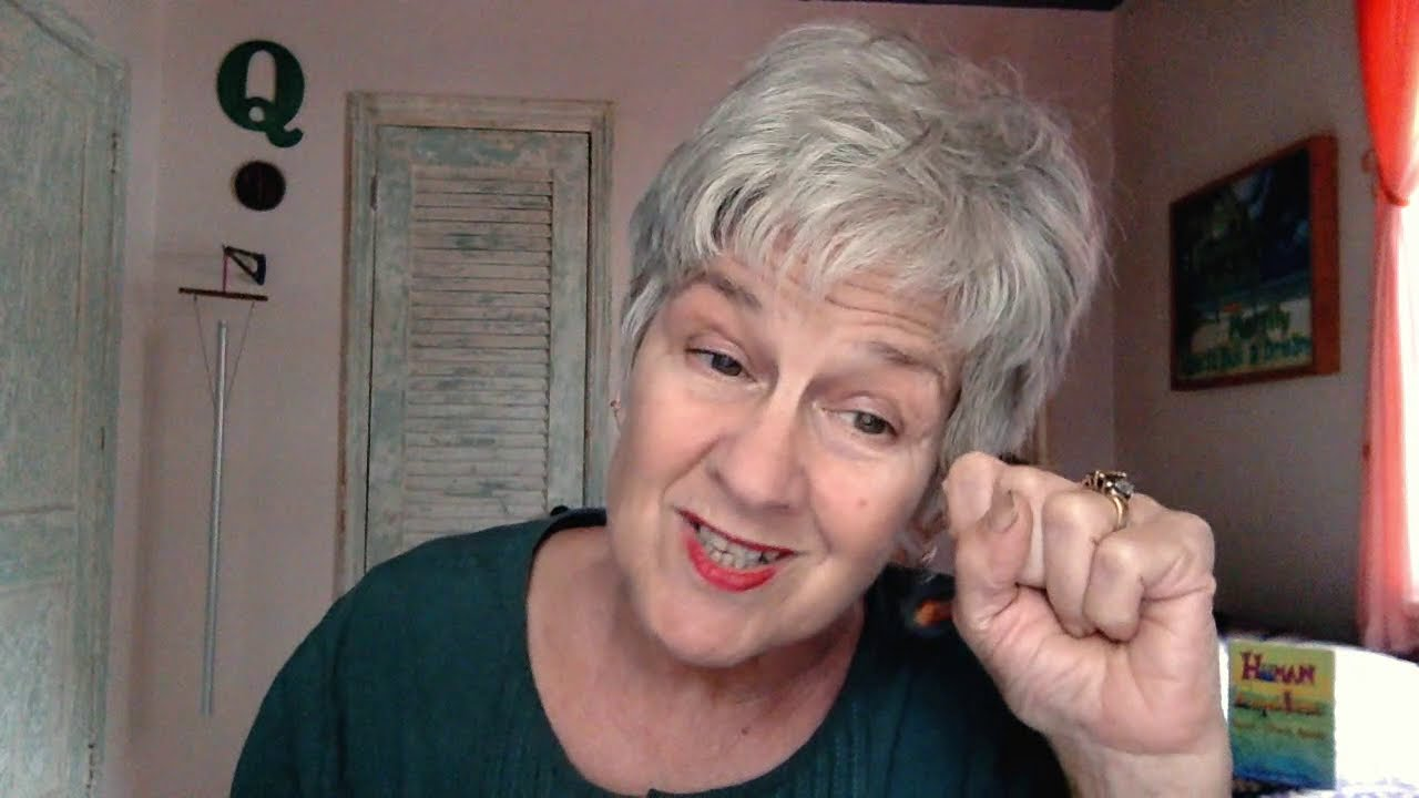 Lady Melody reads Farenheit 451-episode 3