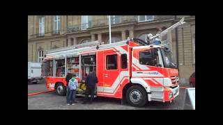 Moderne Fahrzeuge der FW Stuttgart