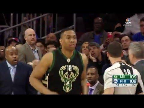 Milwaukee Bucks vs Philadelphia 76ers - April 10, 2016