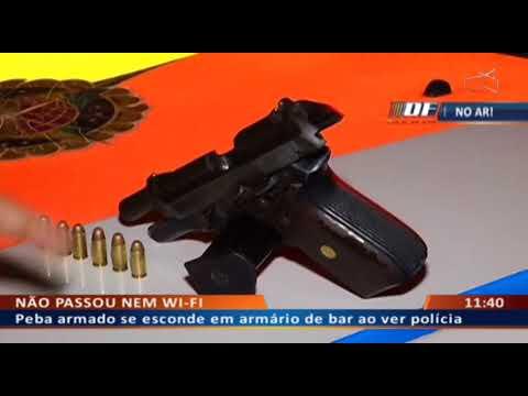 DF ALERTA -  Peba armado se esconde em armário de bar ao ver polícia