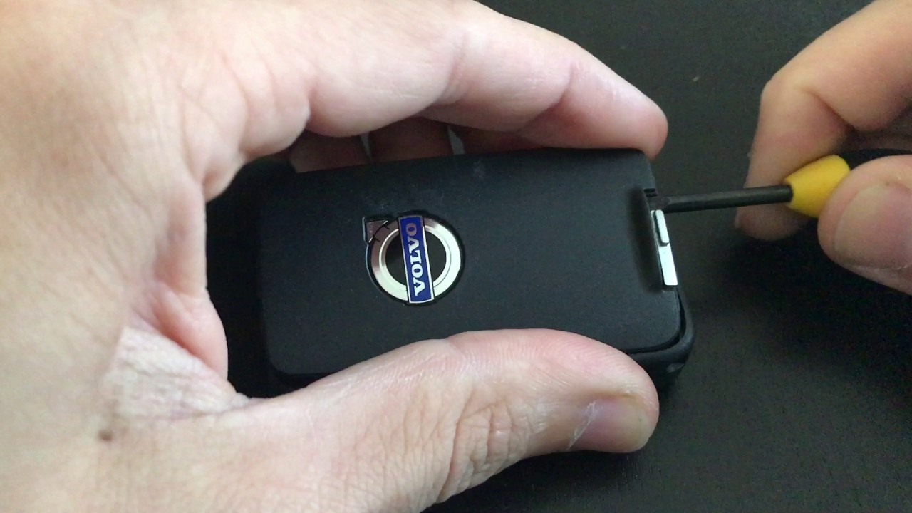 How To Change A Car Remote Key Battery on Volvo v70 xc70 ...