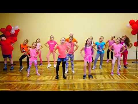 رقص زومبا للاطفال I Like To Move It Youtube