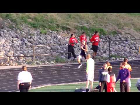 Robbie Traunero Tiffin Columbian 300 meter hurdles District Semi-Finals