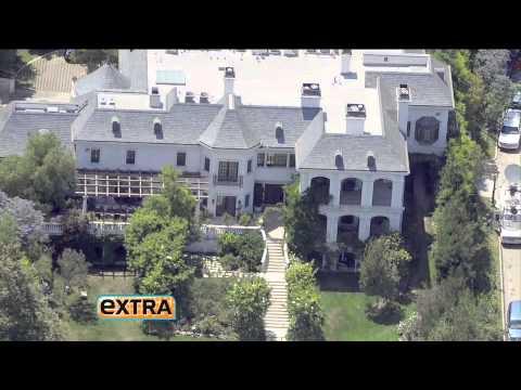 The Inside Track on Celebrity Real Estate