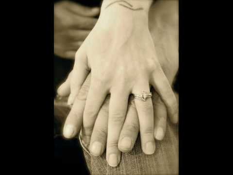 Kenny Rogers & Dolly Parton - Sometimes When We Touch