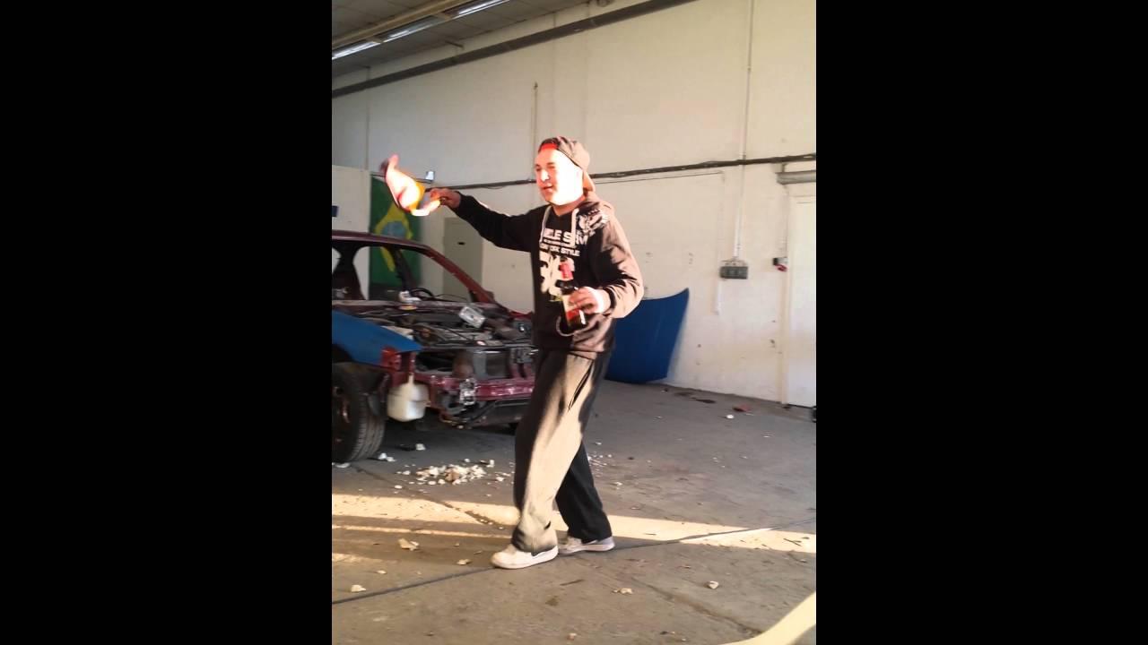 Muschi-buschi tanzt - YouTube