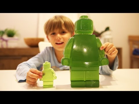 Gummy Lego Fun Man Big and Green almost a Toy - How to Make It