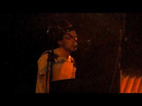 Begin Again by Finn Andrews @ 3VOOR12 in de Smet 19-03-2009