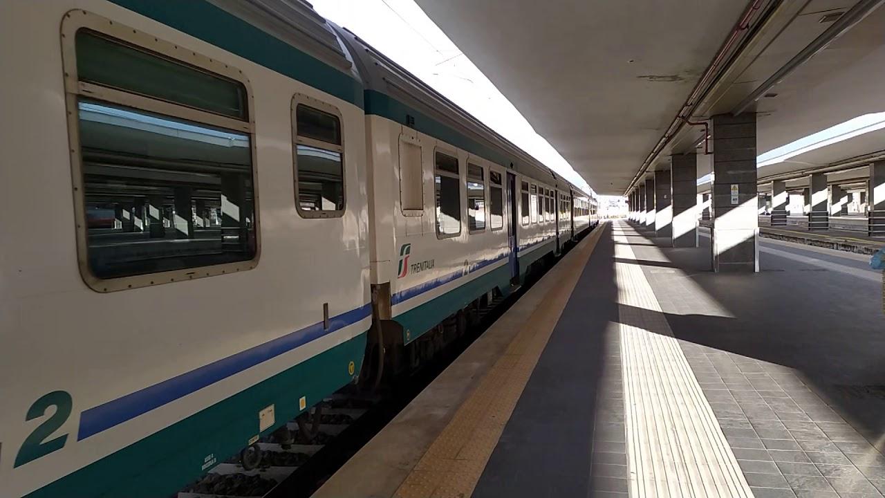 Treno Regionale Napoli Centrale - Villa Literno - YouTube