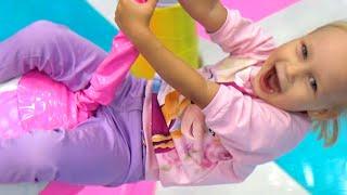 Веселая ДЕТСКАЯ ПЛОЩАДКА развлечение для детей Fun PLAYGROUND entertainment for children