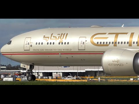 Etihad Airways Boeing 777-300ER ● Landing & Takeoff at Melbourne Airport