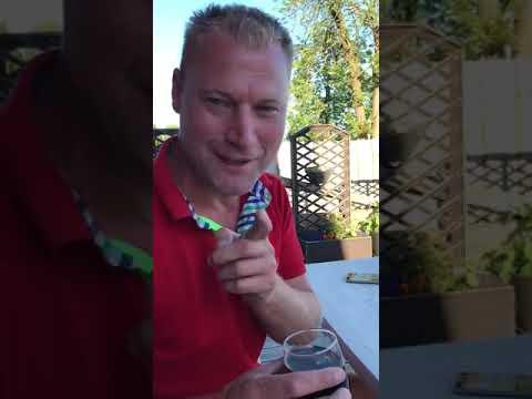 Копия видео Немец поёт песню по по-русски Стаса Михайлова, слушать всем