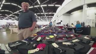تكساس: جدل حمل الأسلحة من ساحة رماية هيكزفيل - فرانس 24