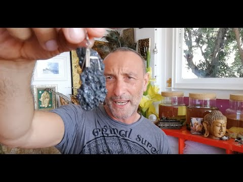 MOLDAVITE How to buy your first piece