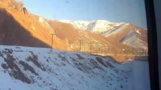 Из Ташкента в Андижан через перевал. From Tashkent to Andijan over the pass.(Из г. Ташкента в г. Андижан на скором поезде через перевал, высотой более 2000 м , можно проехать с удобствами..., 2017-01-08T12:00:54.000Z)