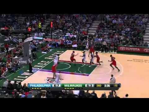 Philadelphia 76ers vs Milwaukee Bucks - February 13, 2013