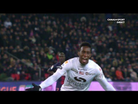 Paris / Guingamp : Ngbakoto égalise sur penalty