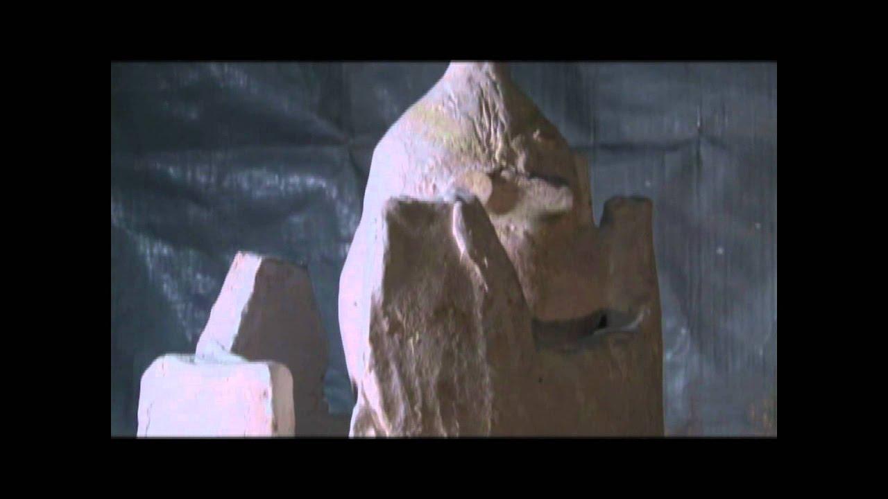 Sculptor Utaco Kida 彫刻家 木...