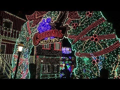 Christmas At Silver Dollar City In Branson, Missouri!! | 6 Million Christmas Lights!