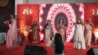Sangeet Choreography   Chanda Mere Chanda - Gud Naal Ishq Meetha - Ghoomar   #arayofnam
