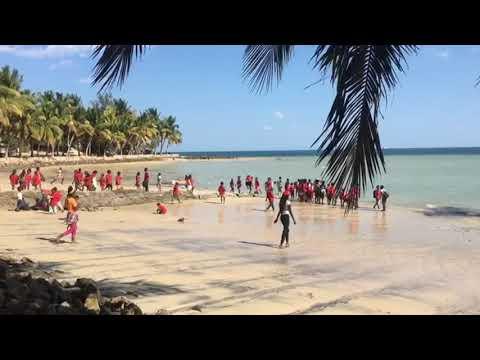 Sortie scolaire à la ferme pédagogique Bel Avenir  | Association Azé, Tuléar, Madagascar